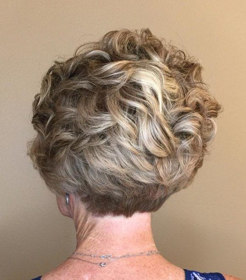 16-over-50-curly-pixie-with-stacked-nape-1