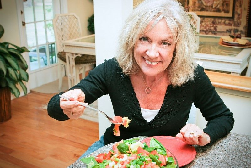 sexy-senior-woman-eats-healthy