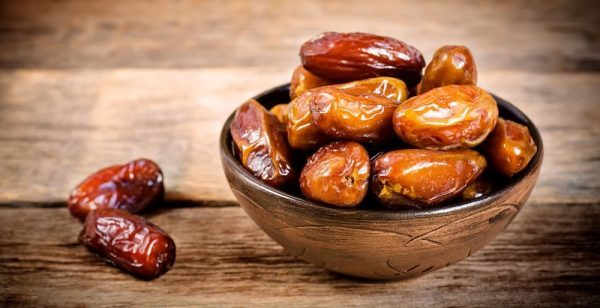 dates-the-healthiest-fruit-on-this-planet-that-can-cure-many-diseases-600x308-1