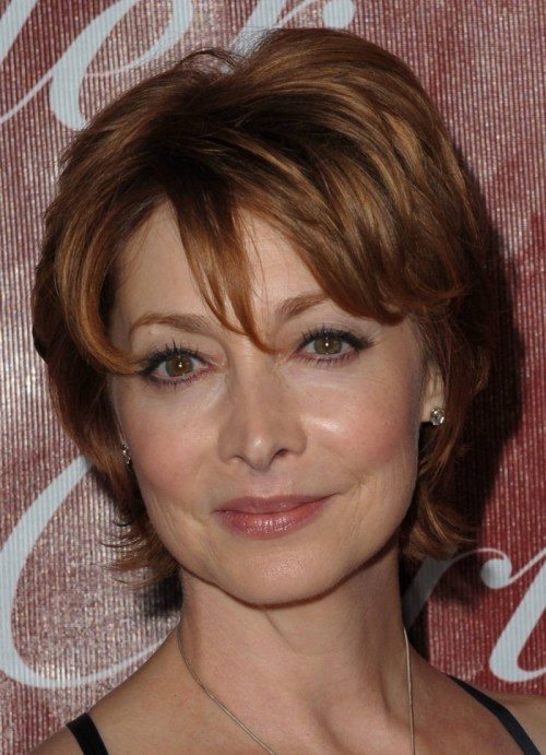 short-hairstyle-for-older-women-1
